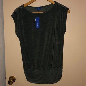 NWT Apt 9 size S blouse